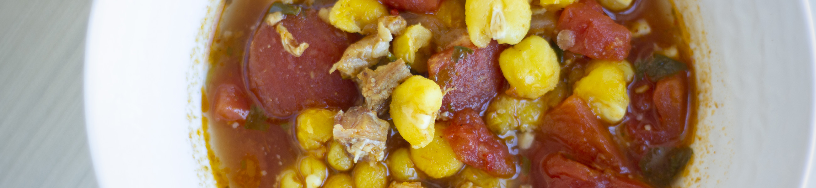 Soup with corn and tomato